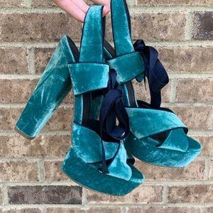 Topshop Green Velvet Ribbon Platform Sandals SZ 40